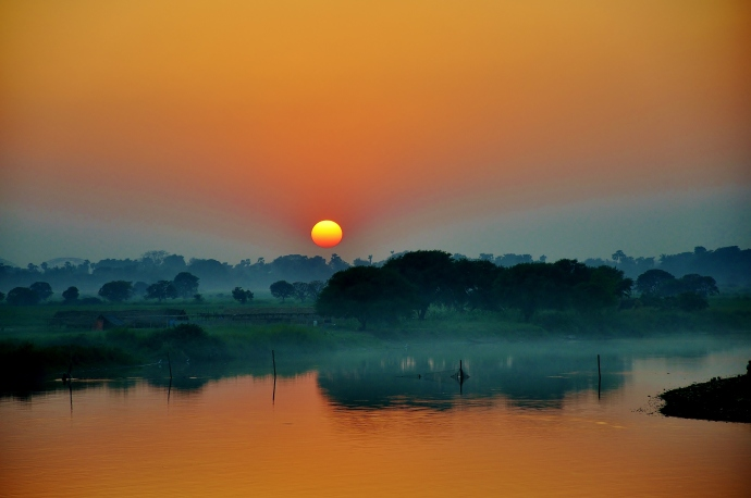 Sunset at U Bein bridge, Myanmar.