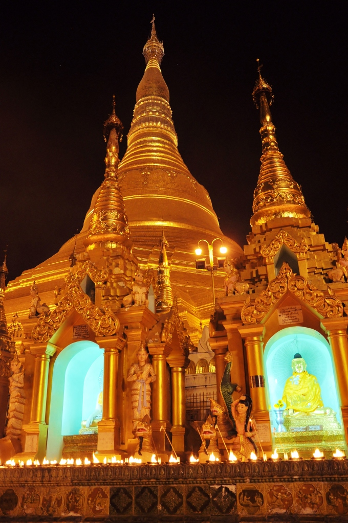 Night at Shwedagon